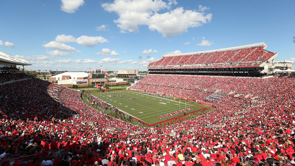 louisville football stadium