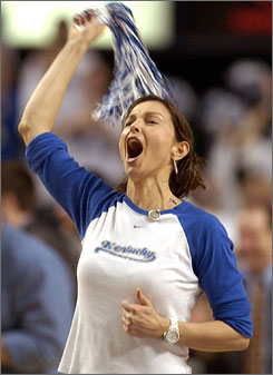 Ashley Judd, ultimate Cats fan