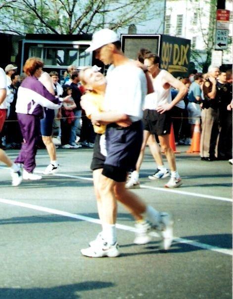 Terry Meiners and Kirby Adams, 1998 Kentucky Derby Festival miniMarathon finish