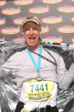 Terry Meiners at the finish of the Phoenix Marathon in January 2007.
