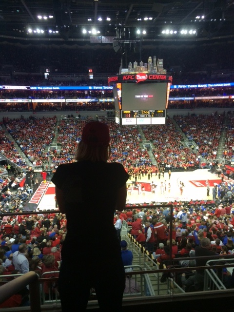 KFC Yum Center, 12/28/14 photo: Scott Utterback