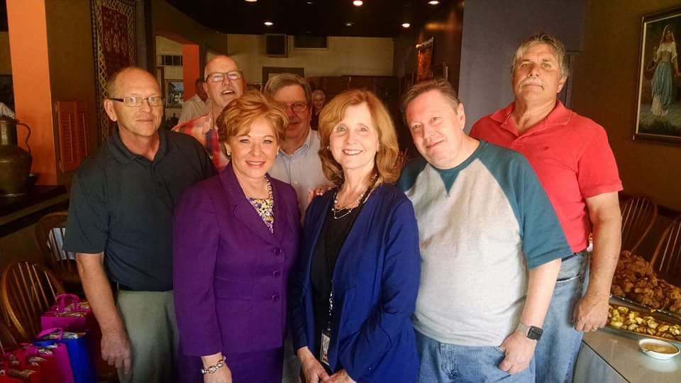 Departing WHAS-TV are longtime employees Dan Chesser, Jeff Gard, Melissa Swan, Leon Ritter, Mary Roush, Jim Ghrist, and Pete Longton.  Terrific teammates, each and every one.