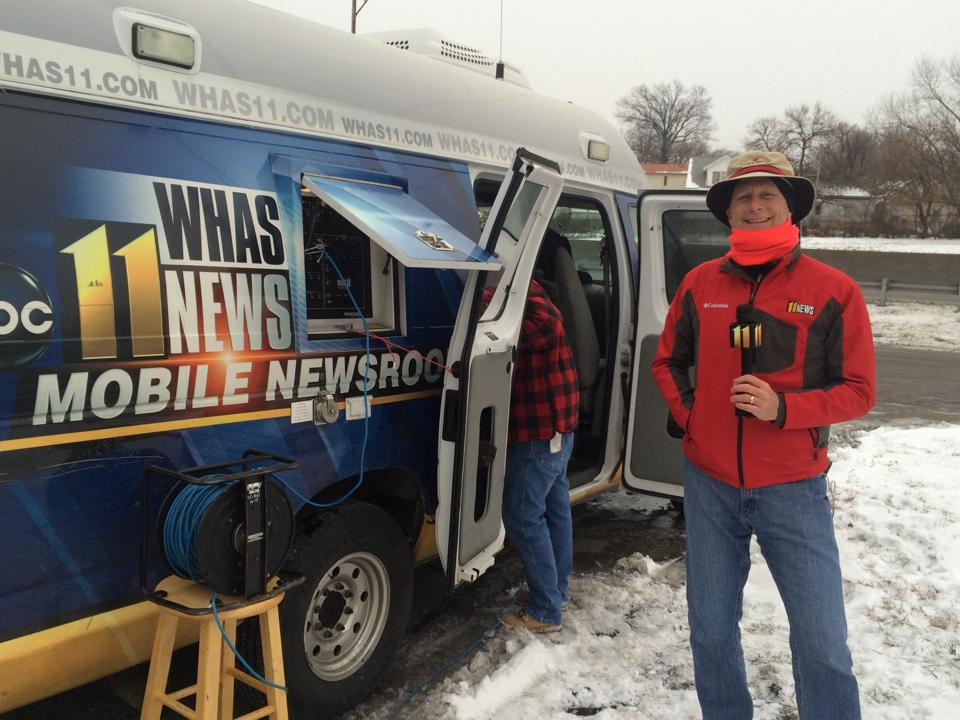Terry Meiners files snow reports along I-65 (January 22, 2016)