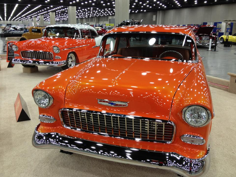 a pair of sweet 1955 Chevys (photo: 2014)